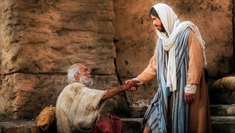 Isus pruža ruku svakome čovjeku i time očituje svoj zakon ljubavi